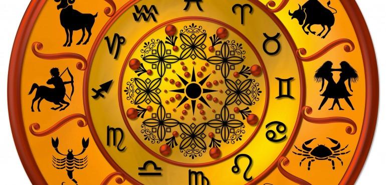 Oroscopo di Lucia Arena - Segni zodiacali